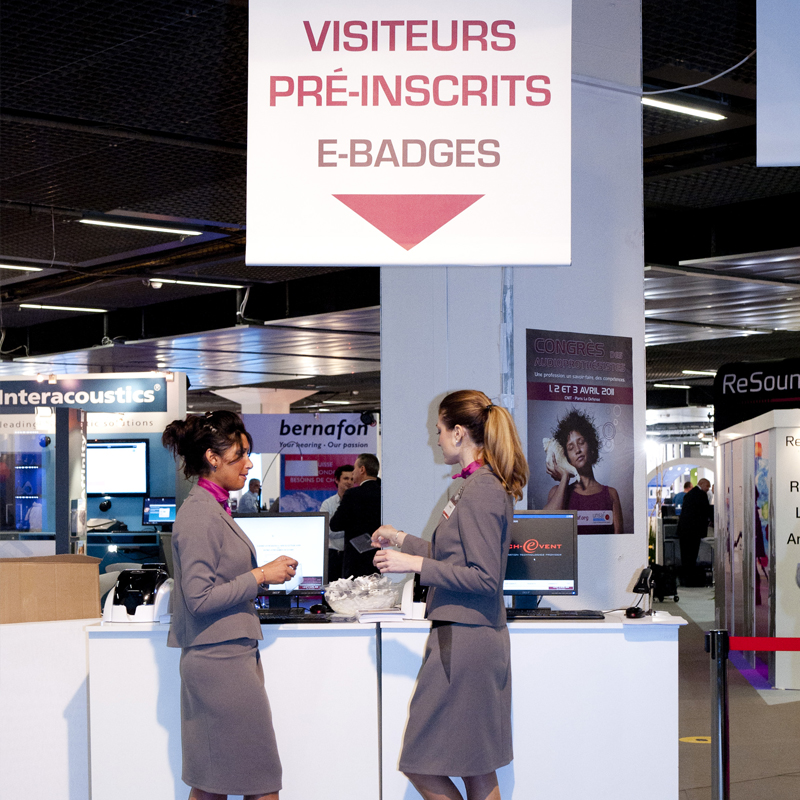 Hôtesses, e-badges